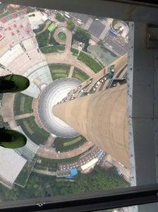 东方明珠塔 Oriental Pearl Tower
