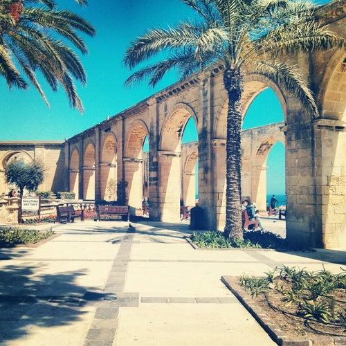 Upper Barrakka Gardens   Il-Barrakka ta' Fuq