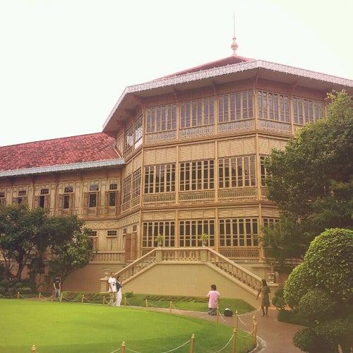 พระที่นั่งวิมานเมฆ (Vimanmek Mansion)