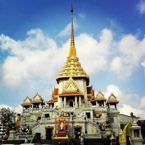 วัดไตรมิตรวิทยาราม (Wat Traimitr Withayaram)