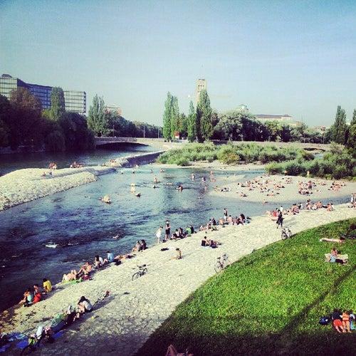 Isarufer an der Reichenbachbrücke