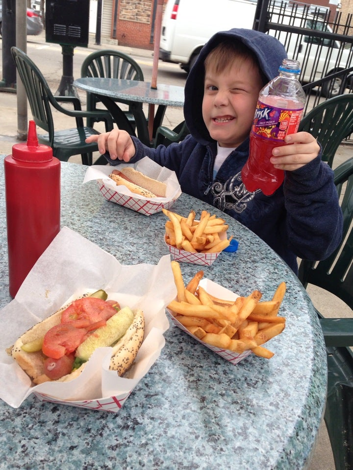 O'Malley's Hot Dogs,