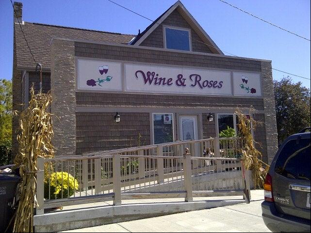 WINE & ROSES,