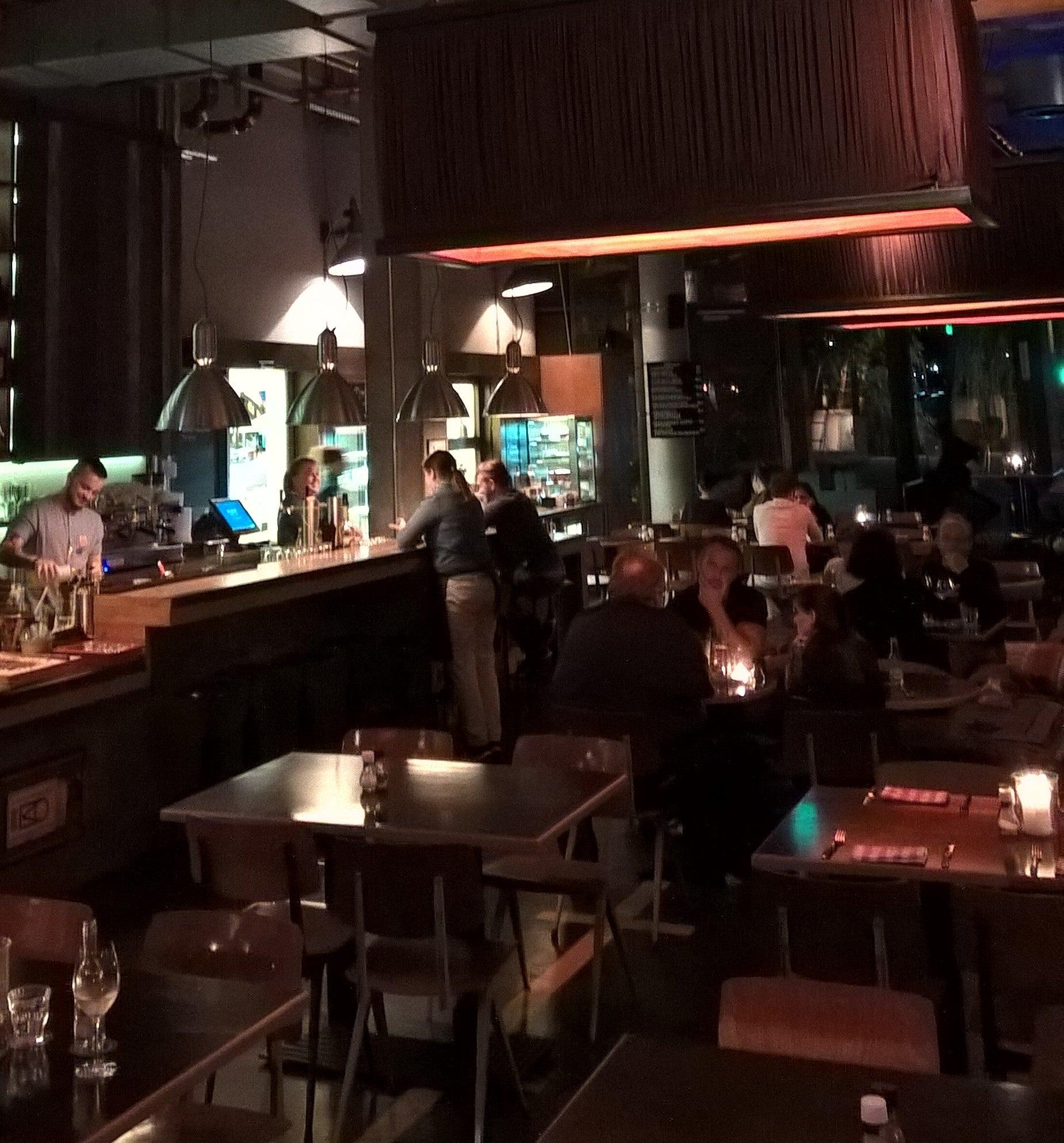 HEIMAT Küche + Bar (im 25hours hotel hafencity) in Hamburg ...