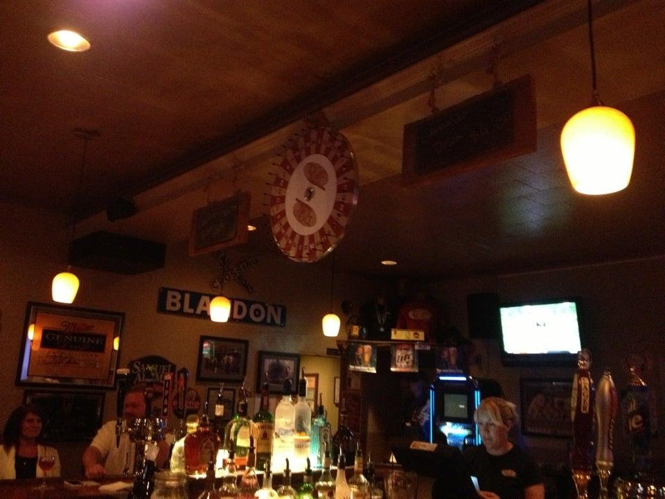 Third Rail Bar & Restaurant,bar,restaurant