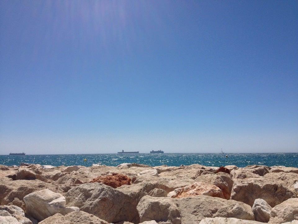 Disfrutando de la playa :-)