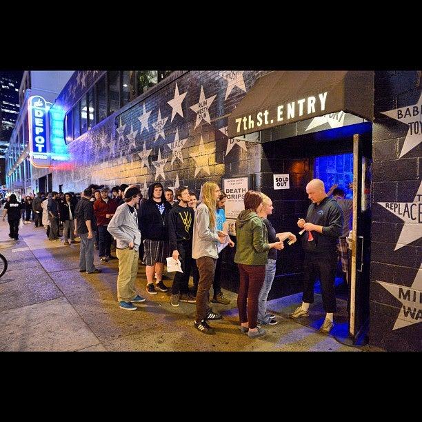 7th Street Entry
