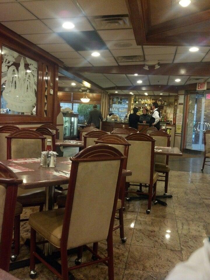 Bridgeview Diner,