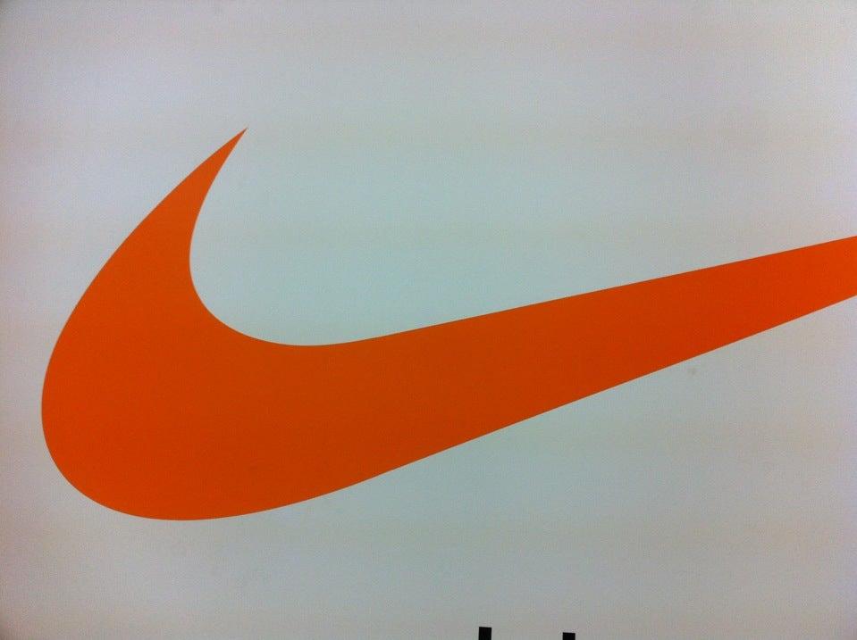 5b158e64 Nike Дисконт Центр на Сокольнической, отзывы о спортивных магазинах ...