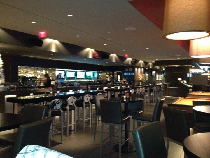 IPic Theaters South Barrington