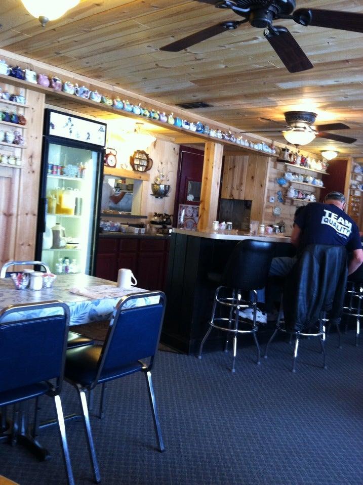 Paula's Cafe,