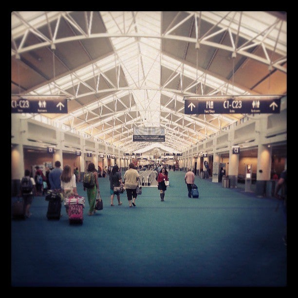 Portland International Airport (PDX)