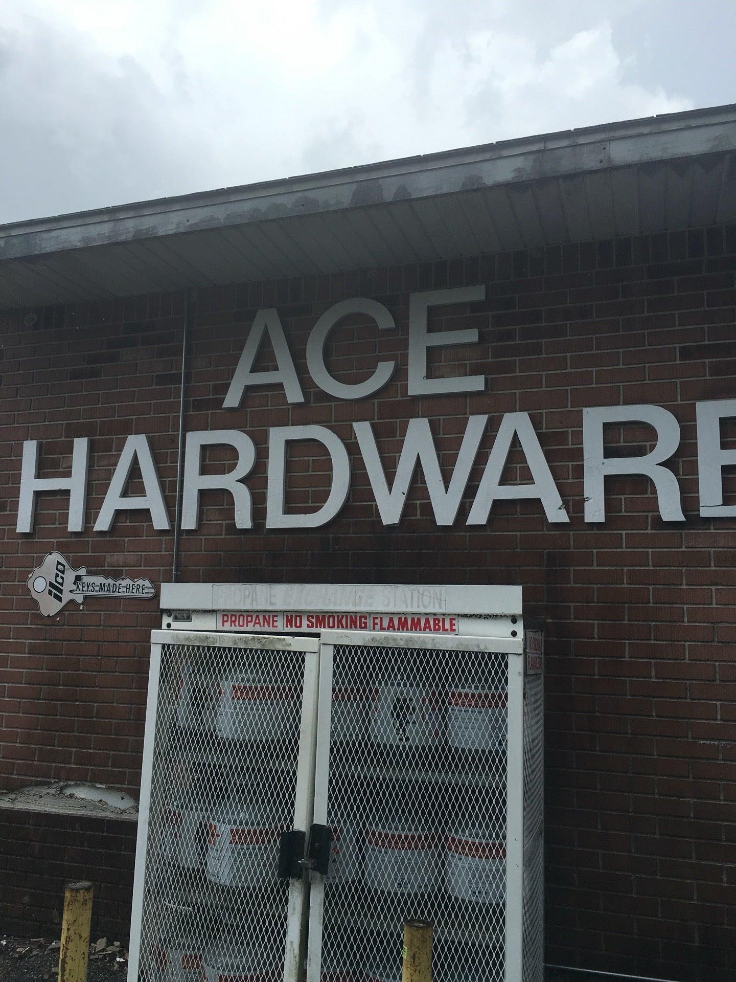 ACE HARDWARE,