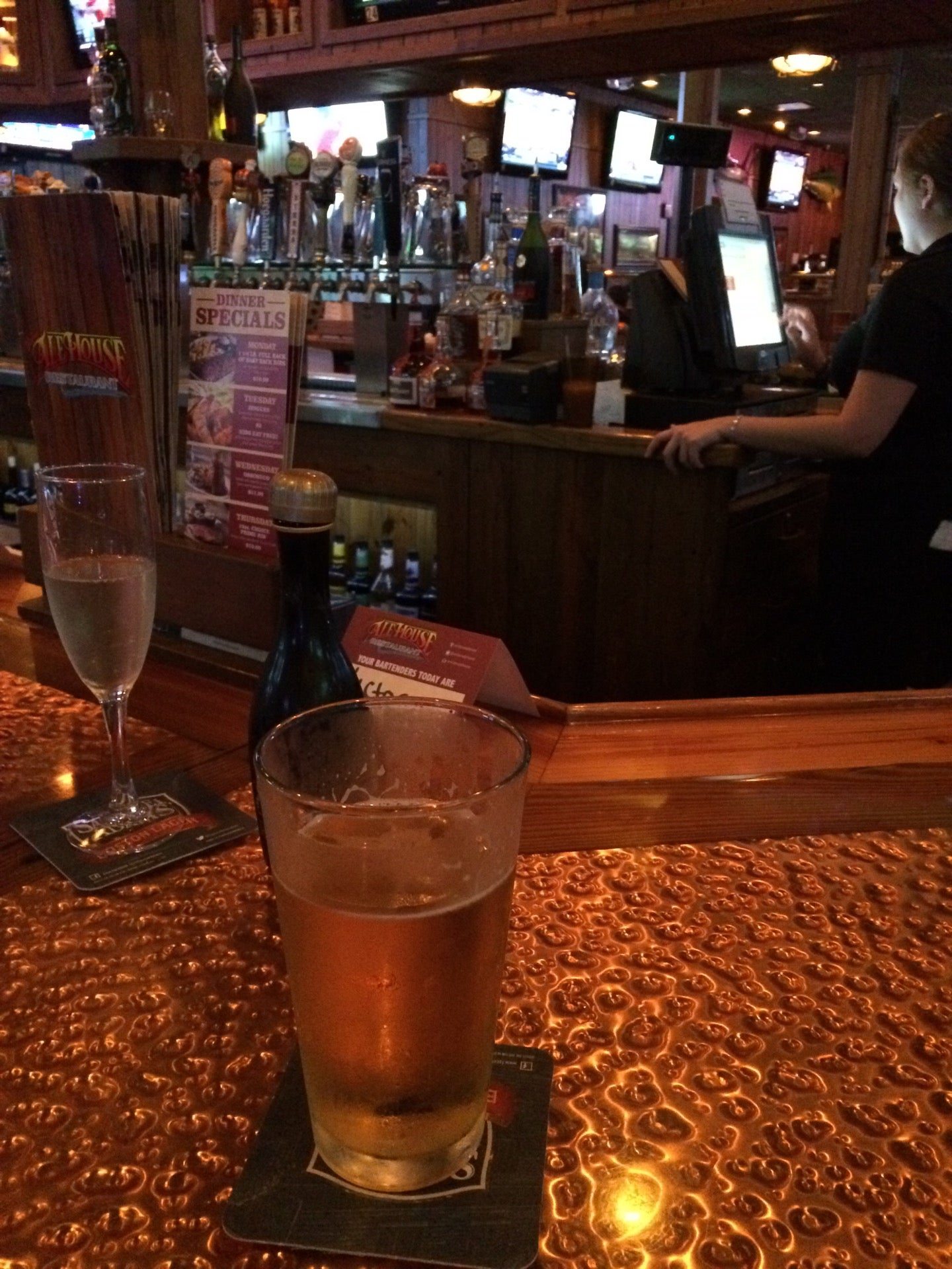 Coral Gables Ale House, alcohol, bar, beer, coral gables, drinks, liquor, miller, sports bar,bar,food