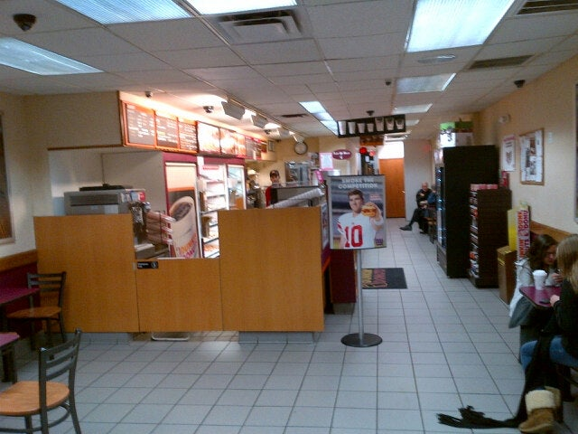 Dunkin' Donuts,coffee,donut shop
