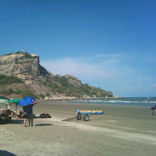 ชายหาดเขาตะเกียบ (Khao Ta-Kiab Beach)
