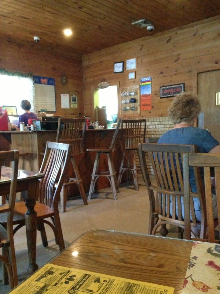 Finn's Family Restaurant,