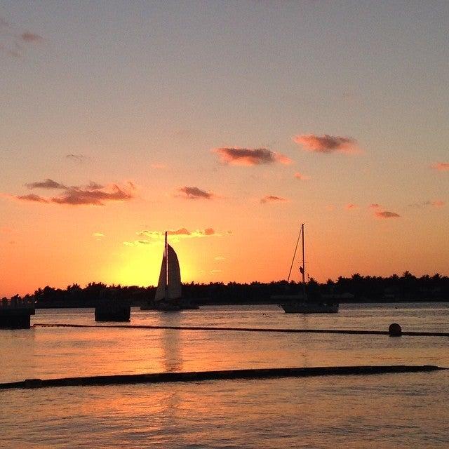 Sunset Tiki Bar and Grill,