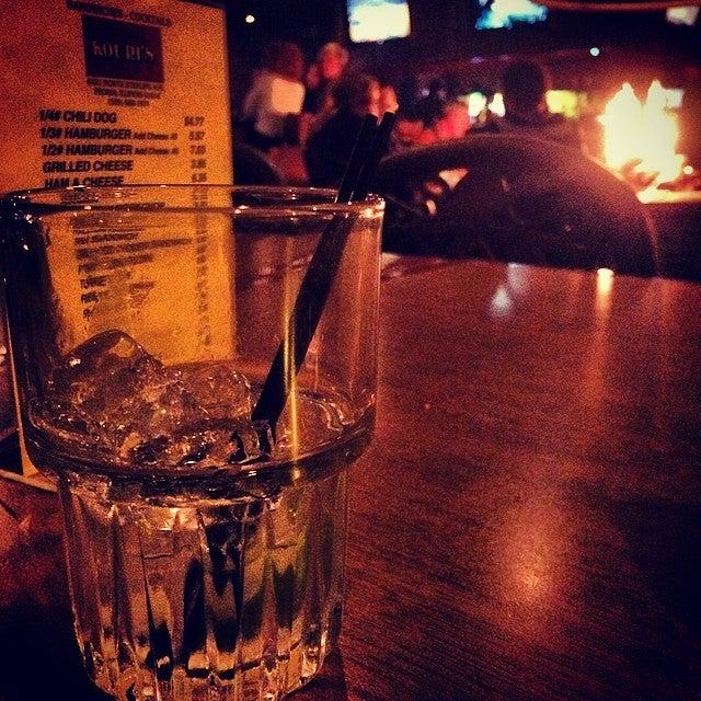 Kouri's Pub,bars, grills & pubs,taverns