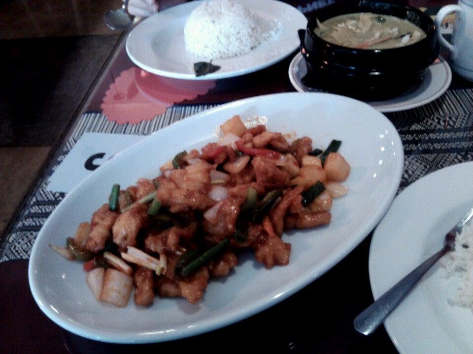 Bangkok Thai Restaurant,pad thai,sushi,sushi bar,thai
