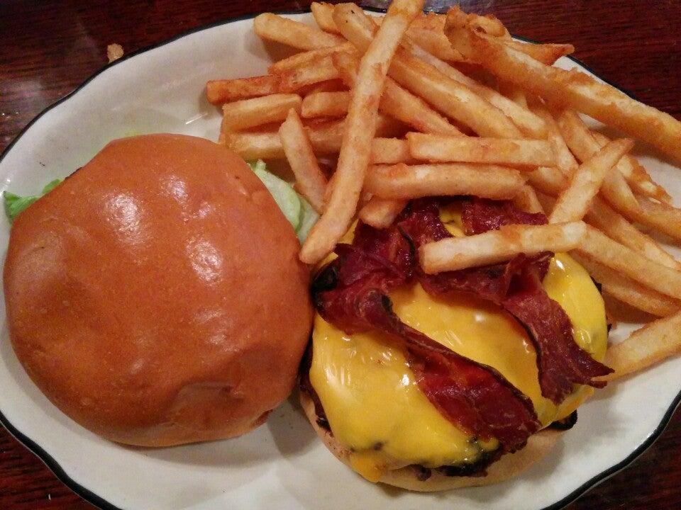 Kilroys Restaurant,tvs, specials, seafood feast, brunch