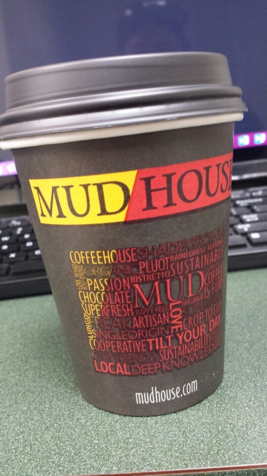 Mudhouse Downtown,barista,cappuccino,coffee,espresso,fresh-baked goodies,iced coffee,juice,latte,pastry,smoothie,smoothies,tea,wifi