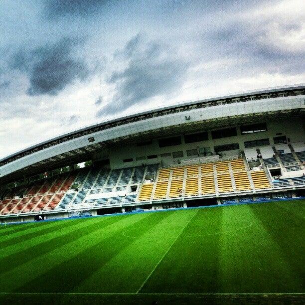 レベルファイブスタジアム (Level-5 Stadium)