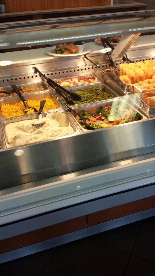 Boston Market,chicken,macaroni and cheese,mashed potatoes,stuffing,turkey,vegetables