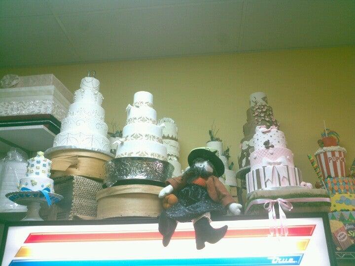 Brown Baguette Bakery Cafe,