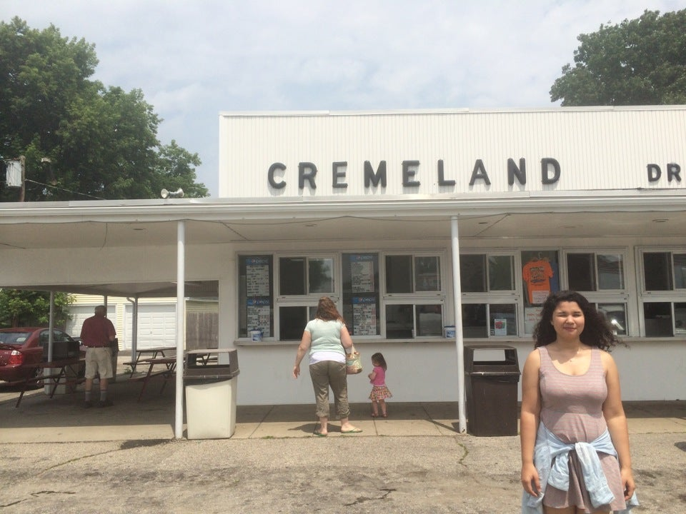 Cremeland Drive In,drive-in,ice cream