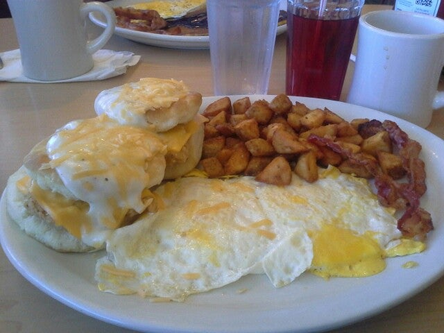Perkins Restaurant & Bakery,