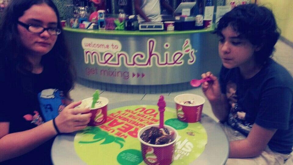 menchie's,