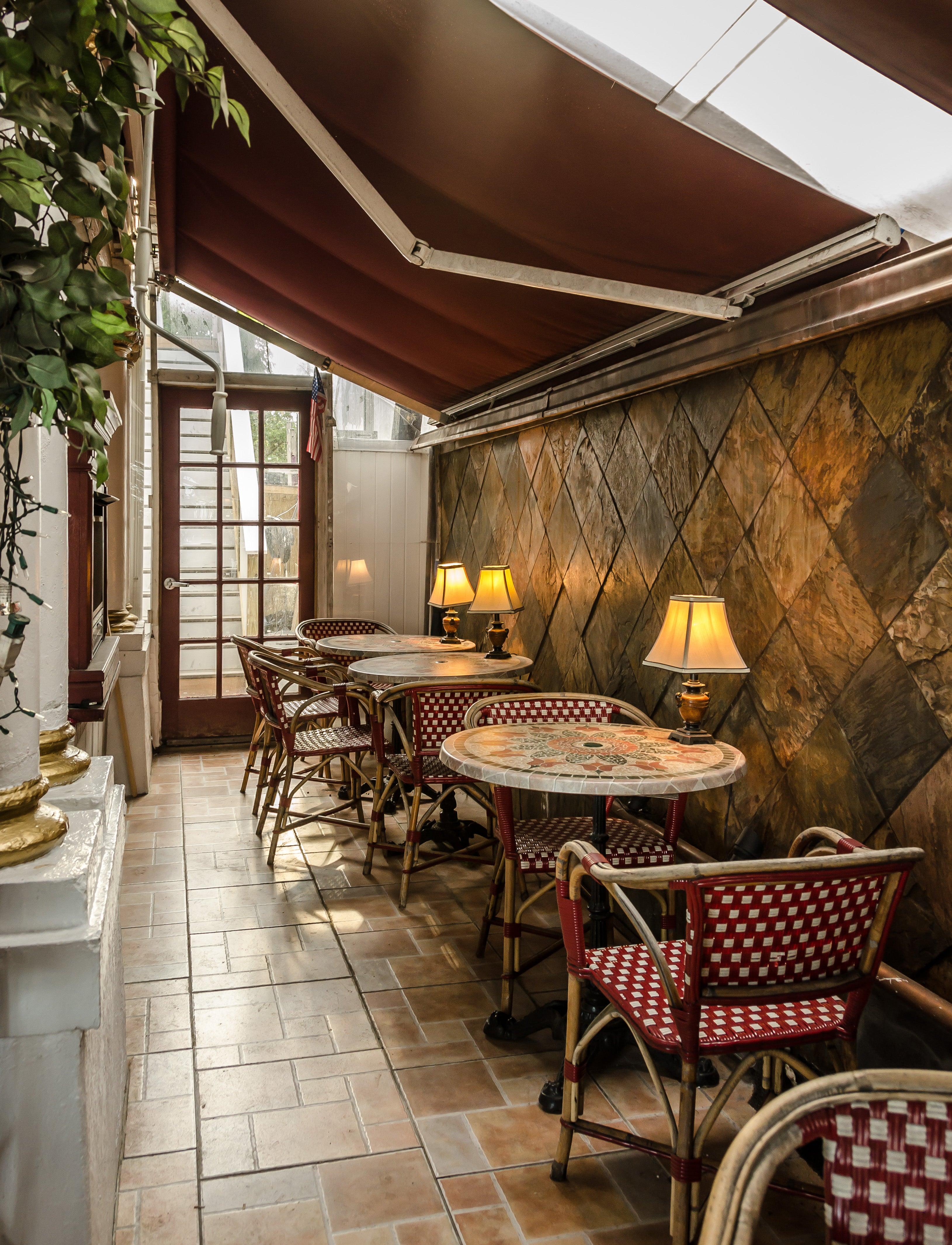 Casablanca Inn On The Bay,