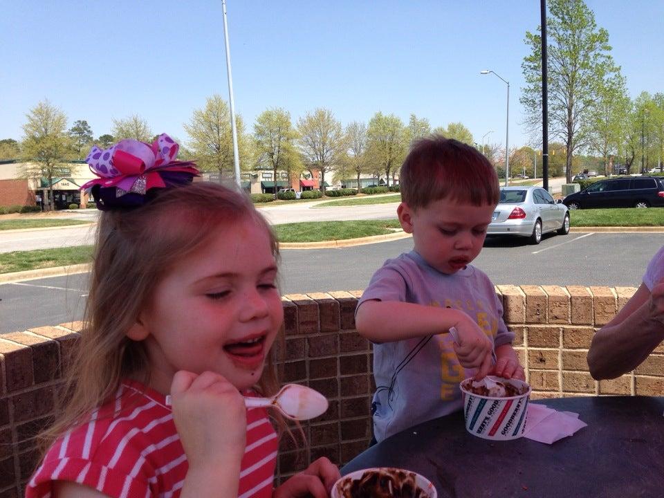 Goodberry's Frozen Custard,desserts,frozen custard,ice cream,pies,shakes