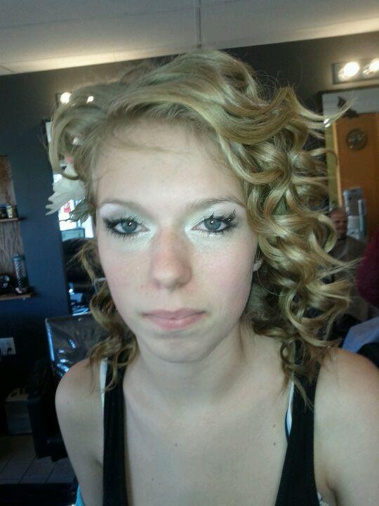 Aarie Styles LLC,ann arbor,body,children,color,cut,extension,eyelash,face,hair,haircut,highlight,kids,lash,lowlight,men,wax,women
