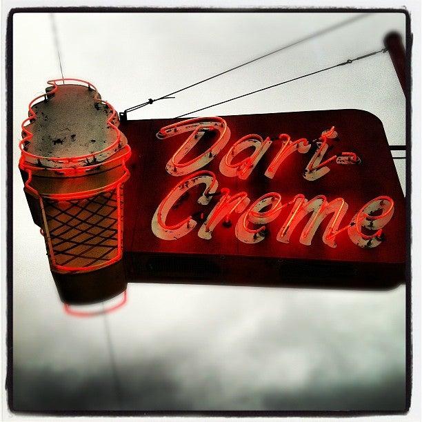 Second Street Dairy Creme,footlongs,ice cream,shakes