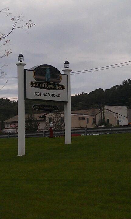 Smithtown Inn,