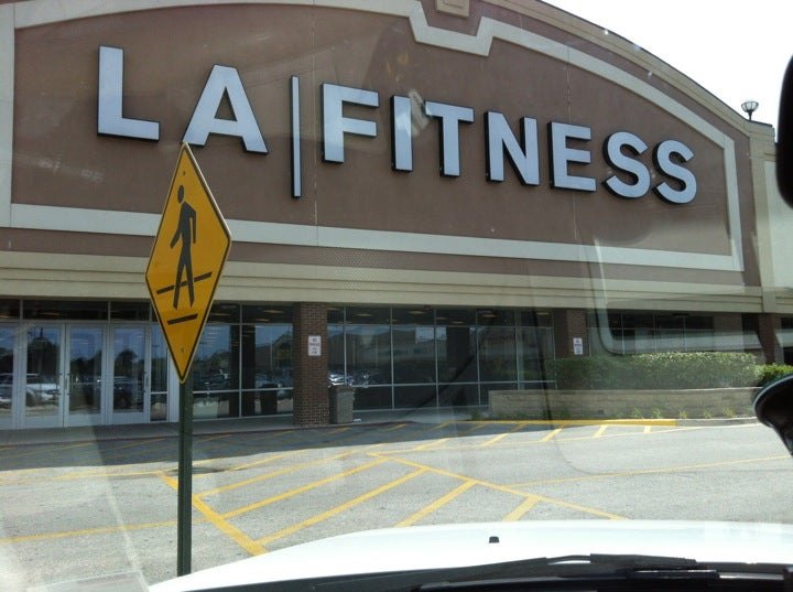 L.A. Fitness,fitness center,gym