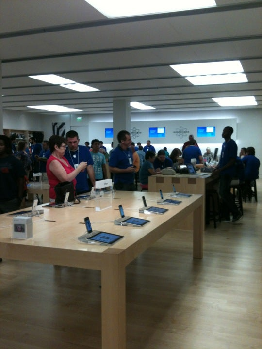 APPLE STORE,imac,ipad,iphone,ipod