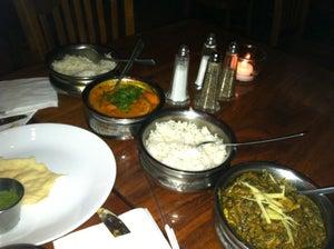Sardeswari Restaurant