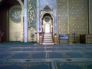 Masjid Al-akbar (masjid Agung Surabaya)
