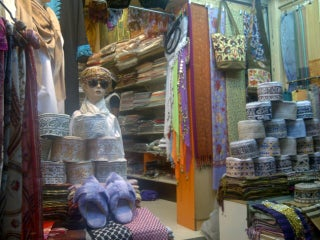 Best places to enjoy local and street shopping in Muscat