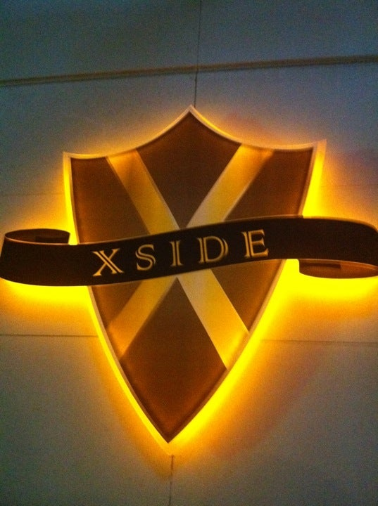 Rixos Hotel X Side Pub