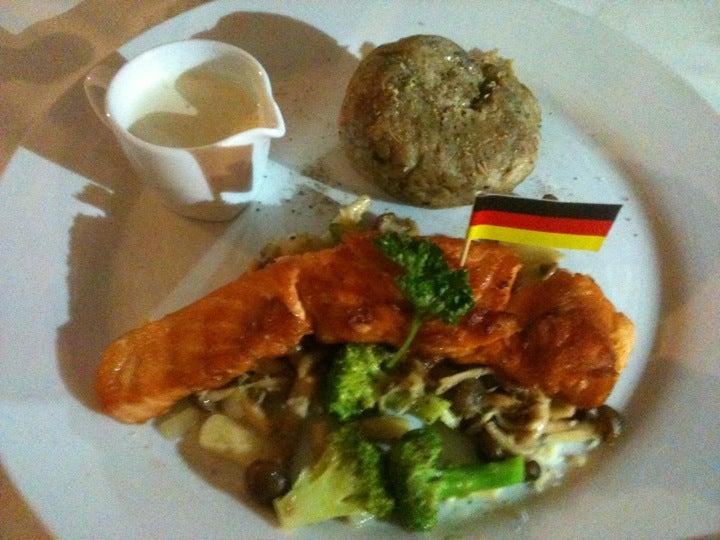Gap's Garten German Restaurant