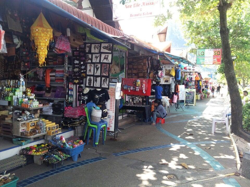 Ao Nang Market