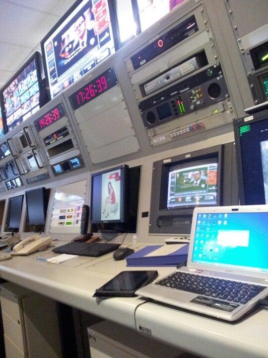 [SKYTEC]  Conheça o Centro de Transmissão da SKY  AEcs7wq-6ImcOgSNHyuB98PiIxVynTan0_D_dLmF6Hs