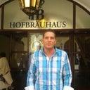 victoria-hartmann-36939387