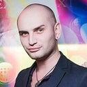 michal-zarozhny-27779339