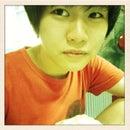Aungqi M.