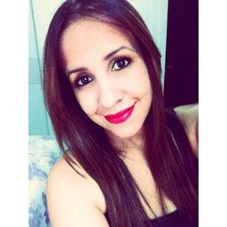 Carla Renata Soares